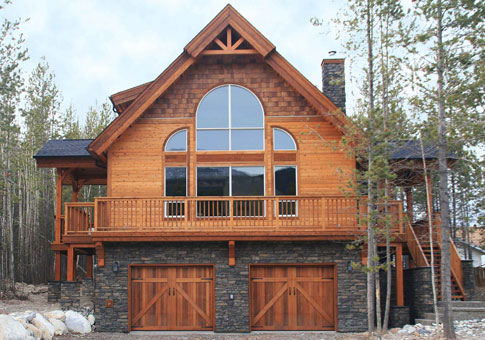 Kimberley family custom homes post beam homes cedar for Small post and beam cabin plans