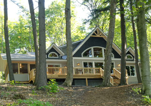 Post beam custom retreats cottages post beam homes for Post and beam home designs