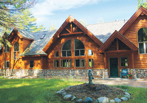 Minden award winning custom homes post beam cedar homes for Post beam house